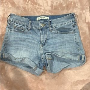 Abercrombie mid rise denim shorts